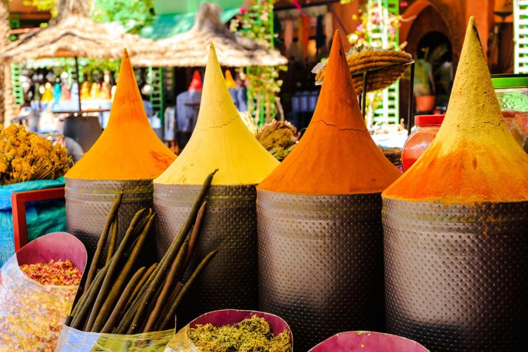 Sanse- og farverig firmatur til Marokko
