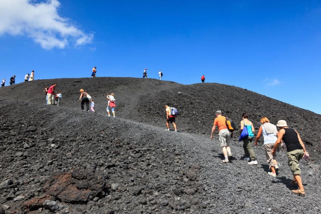 Vandring til toppen af Etna