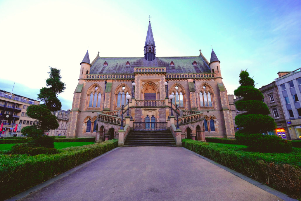 Firmatur med byvandring i Dundee